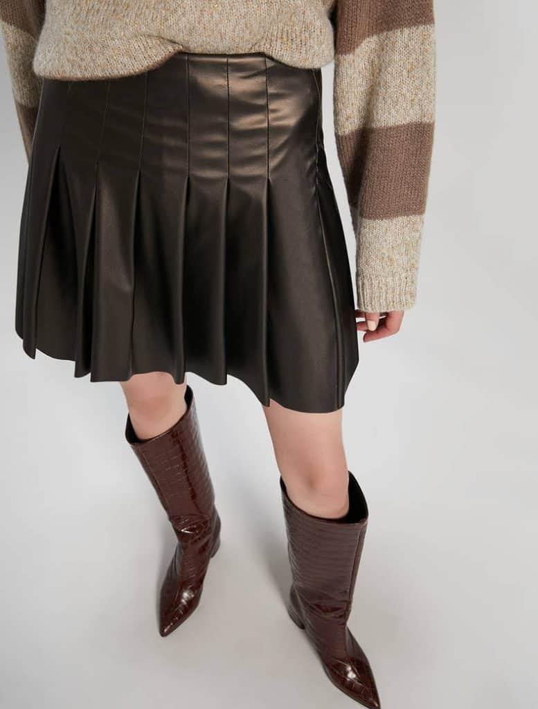 חצאית פליסה ברונזה