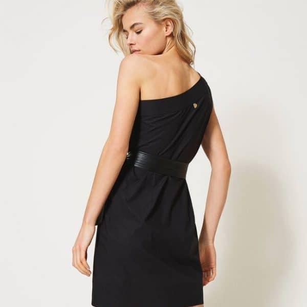 שמלת ערב שחורה עם כתפייה אחת