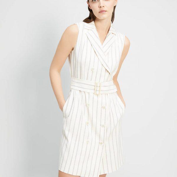 שמלה בגזרת טרנץ'