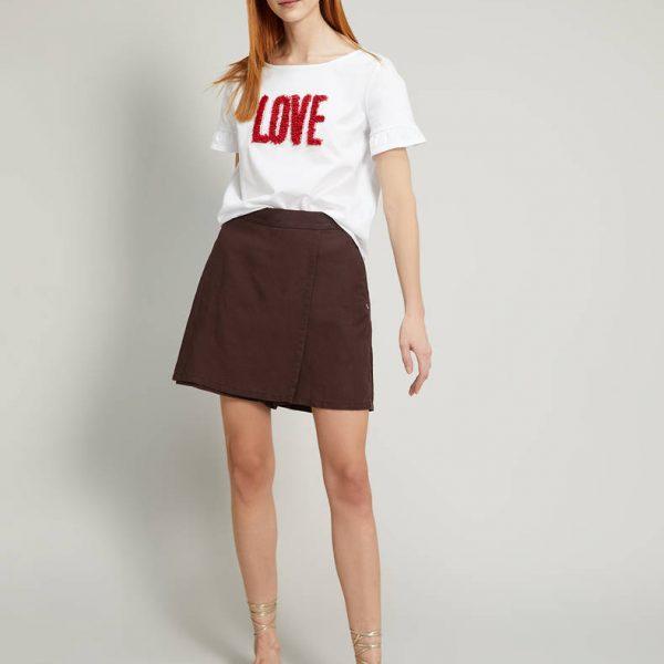 חולצת רקמה LOVE