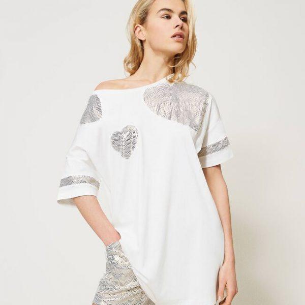 חולצה בהדפס לבבות כסופים