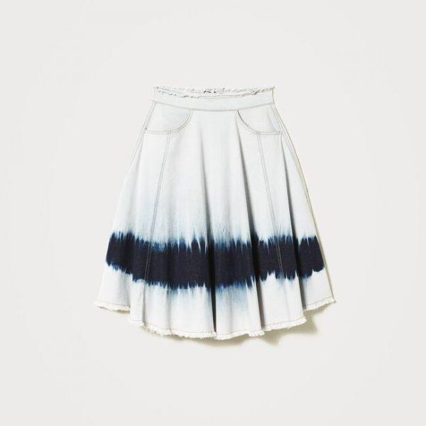 חצאית ג'ינס בסגנון טאי די